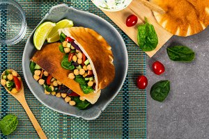 Veggie Pitas Salad