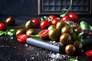 Brown cherry tomatoes with sea salt