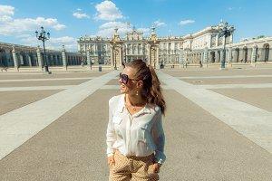 traveller woman near Royal Palace lo
