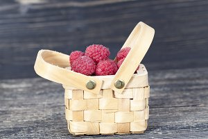 berries of red raspberries