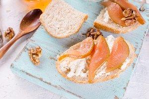 ricotta cheese and pear jam sandwich