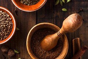 Indian Garam masala powder making