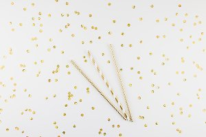 Cocktail party straws with golden sp