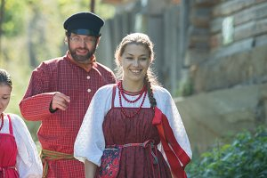 Man and woman in russian folk
