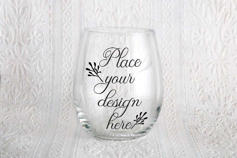 Stemless wine glass mockup psd