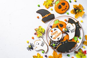 Halloween Gingerbread Cookies -