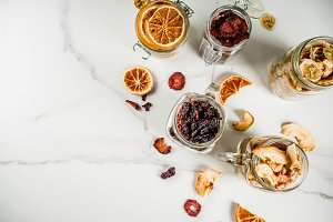 Dried fruits and berries
