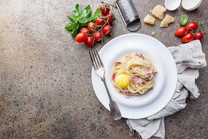 Classic Pasta Carbonara