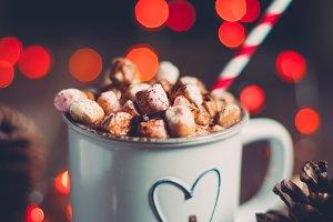 Christmas hot chocolate with marshma
