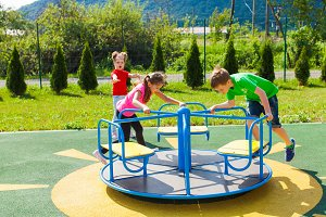 Dangerous behavior on the playground