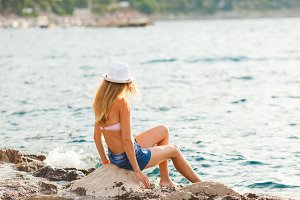 The pleasure of sea freshness, sunny