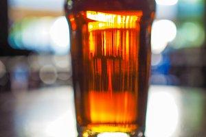 Beer pint blur