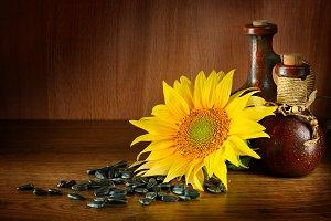 Vegetable oil in ceramic ware and su