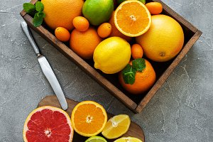 box with citrus fresh fruits