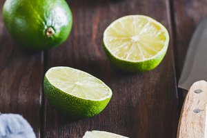 Cutting lime wedge