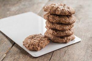 chocolate chip cookies, meringue wit
