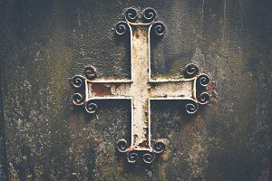 Rustic celtic cross