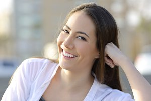 Woman smile with healthy teeth
