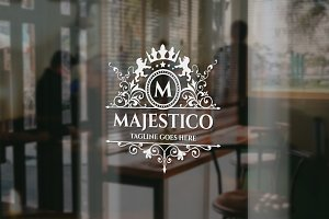 Majestico Royal Logo