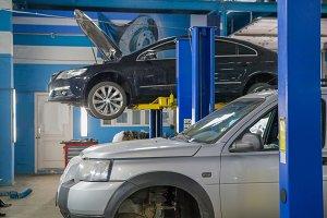 Cars are in the garage car repair