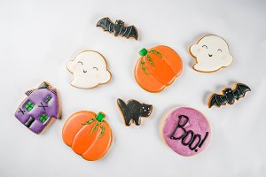 Halloween gingerbread biscuits