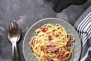 Pasta Carbonara with bacon and