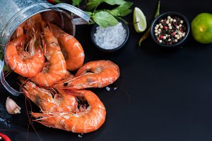 Perfect cooked prawns shrimps with h