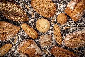 Composition of various fresh loaves