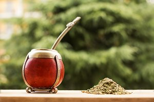 mate, mate grass (yerba mate) with t