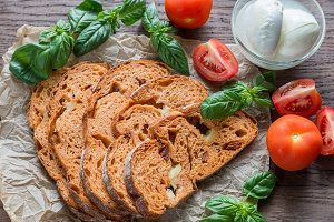 Slices of tomato bread