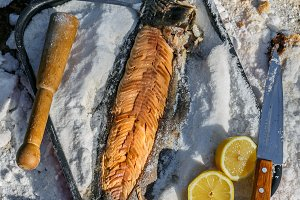 cooking Fish under the salt Crust