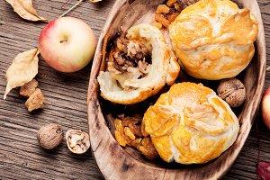 Baked autumn apples