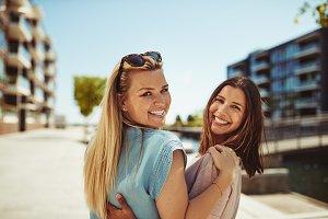 girls in the city having fun