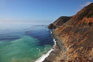 Azure ocean tide on the coast