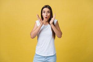 Surprised teenage girl show shocking