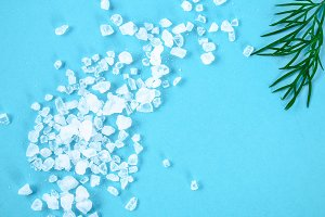 Crystals of large sea salt and dill
