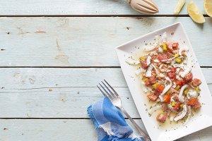 Ceviche with salmon, tomato, onion,