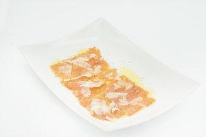 Carpaccio salmon with cheese