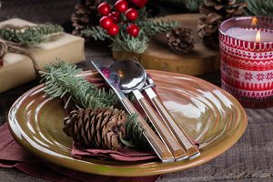 Christmas Setting Table.
