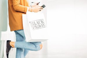 Black friday paper bags and technolo