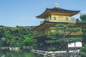 Kinkaku-ji Buddhist Temple