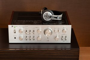 Vintage Audio Stereo Amplifier