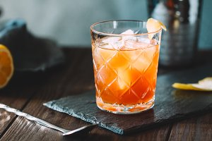 The alcoholic cocktail