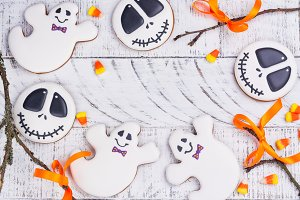 Skulls and ghosts gingerbreads