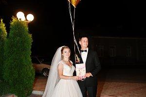Fantastic wedding couple &#x3B;osing with