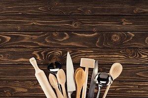 top view of arranged kitchen utensil