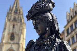 La Regenta sculpture, Oviedo.