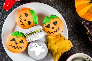 Halloween macaron cookies