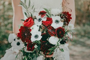 Red & White Vintage Wedding Flowers
