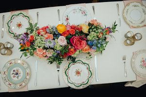 Vintage Flowers Gathering Table
